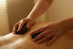 Quels sont les bienfaits d'un massage naturiste?