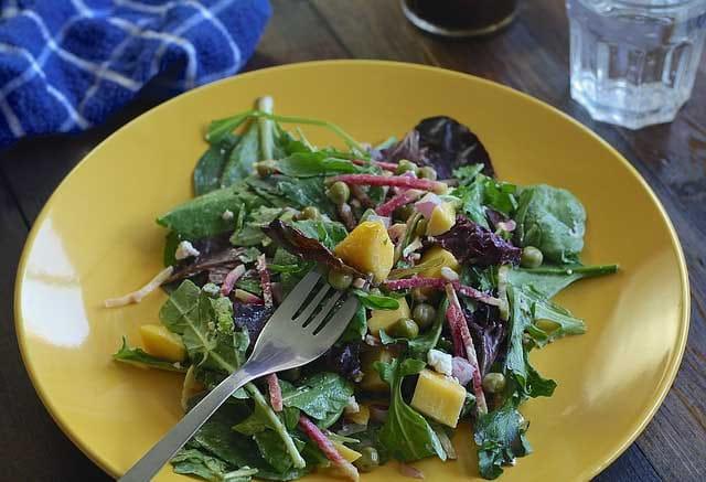 image d'une salade de mangue