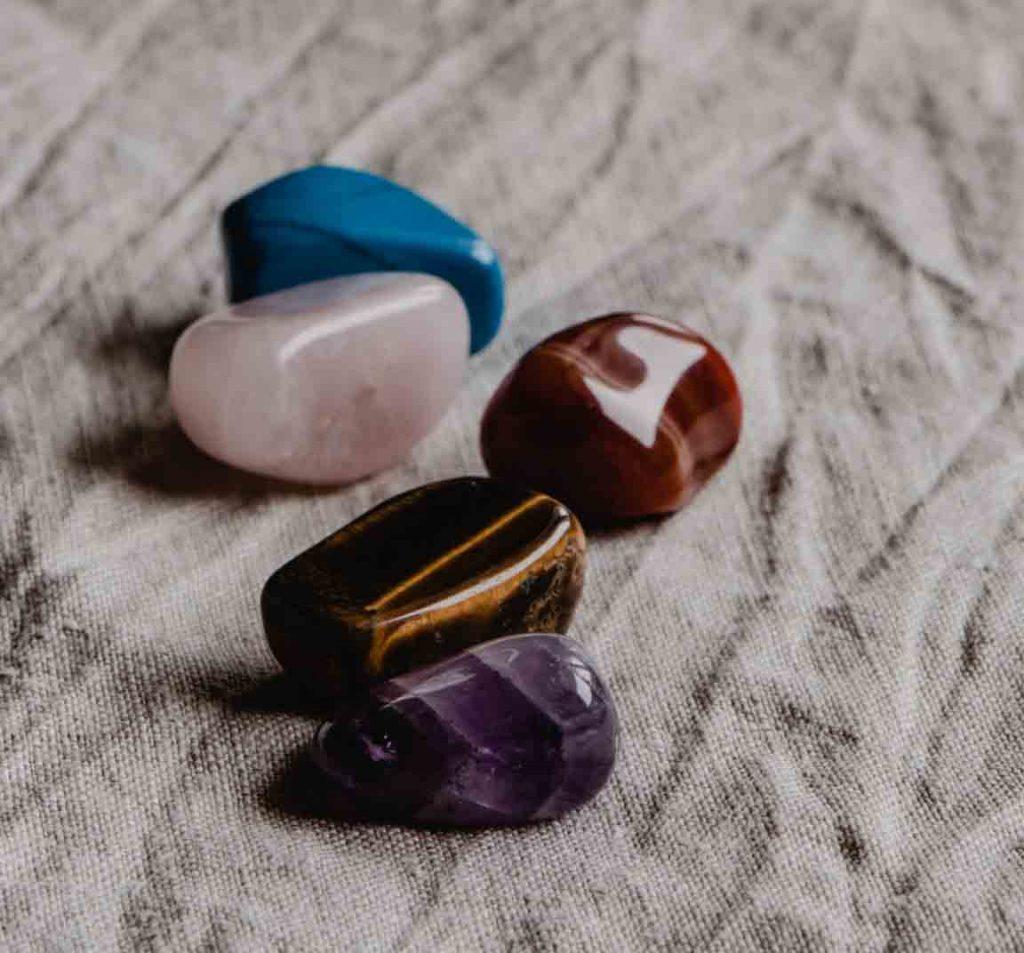 pierres d'agates (utilisés en lithiothérapie)